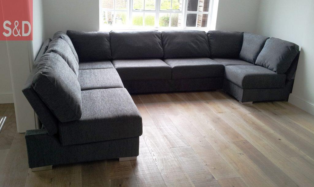 20120405 1031332 1024x610 - Модульная мягкая мебель