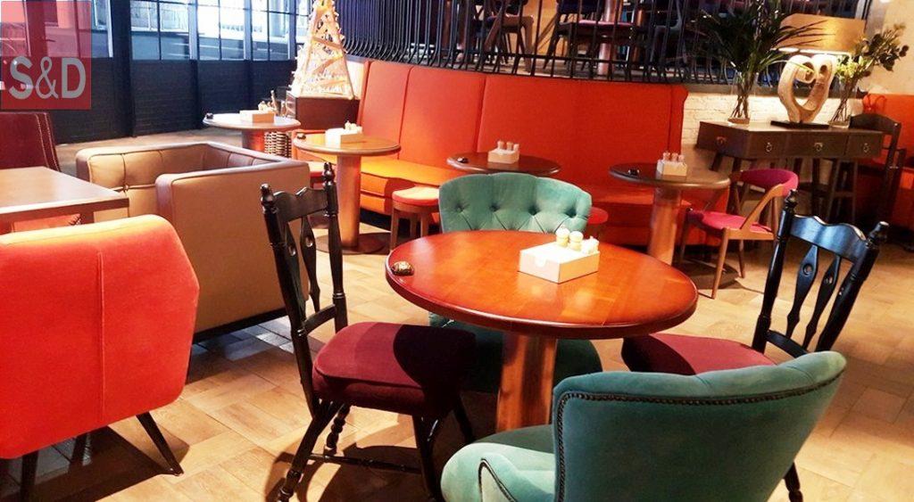 BEER HOUSE1 1024x563 - Мягкая мебель для кафе/ресторанов