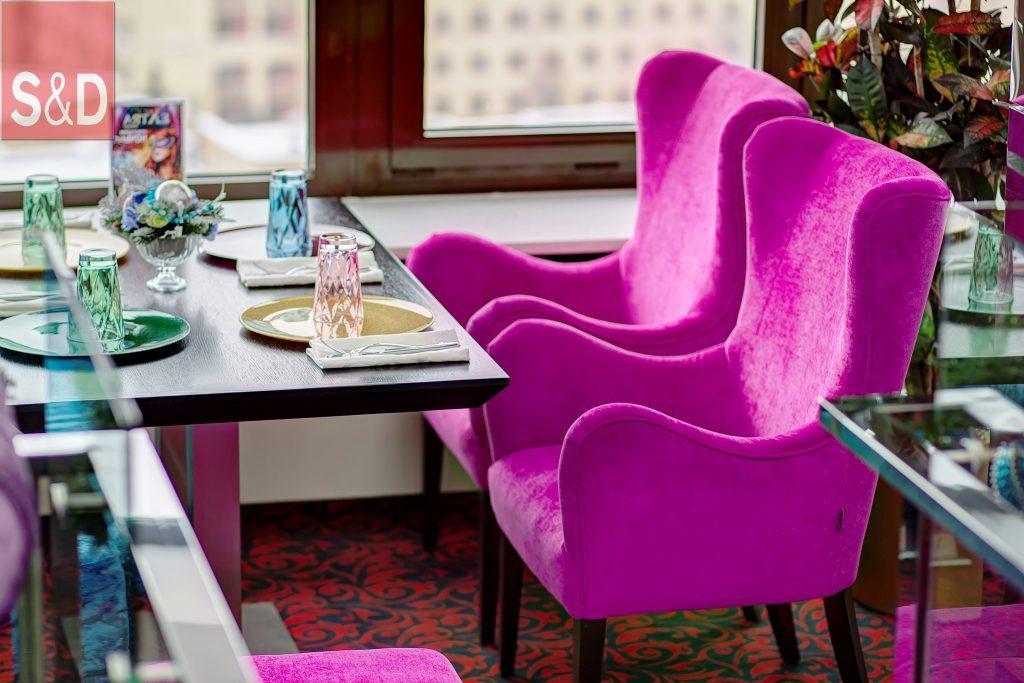 G55G4284 5 6 1024x683 - Фиолетовый диван на заказ