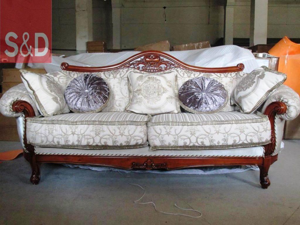 g1020 1020 3 1024x768 - Авторский диван на заказ
