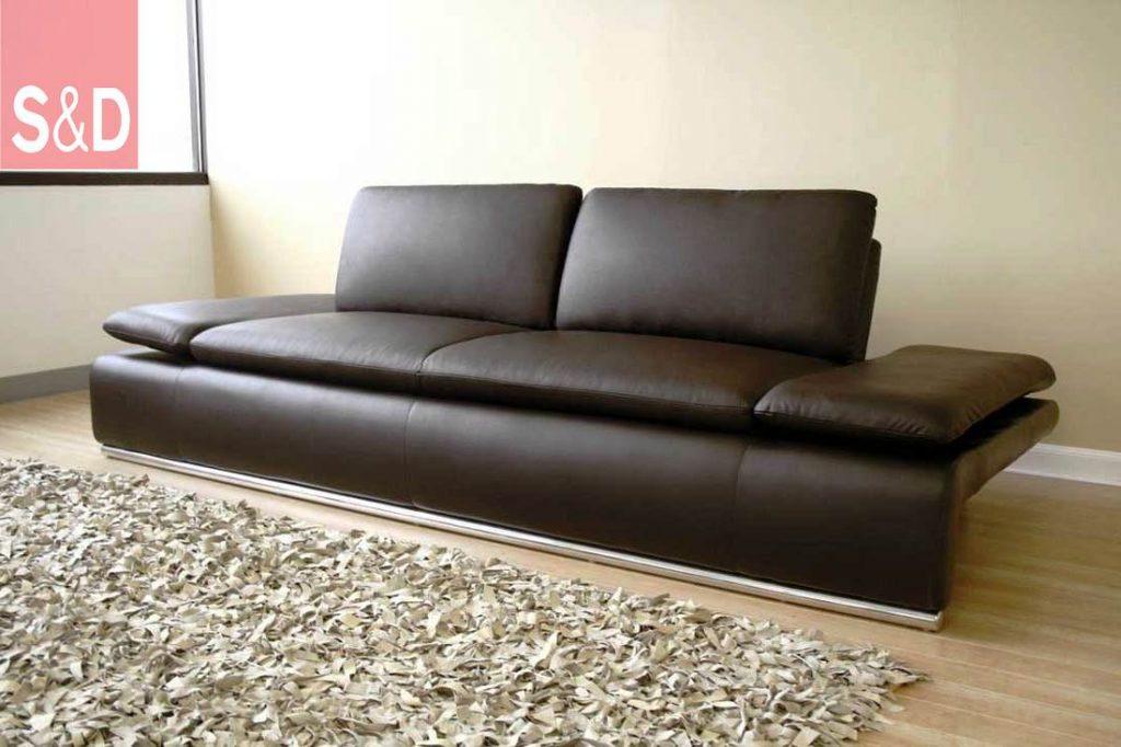 leather couch 1024x682 - Прямые диваны на заказ