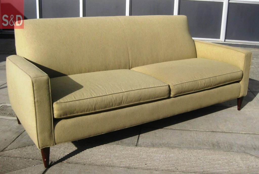 retro sofas and uhuru furniture collectibles sold retro sofa 125 1024x689 - Прямые диваны на заказ
