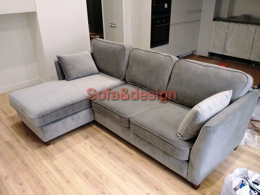 927152bed 1280x0 1024x768 - Мягкая мебель для гостиной на заказ