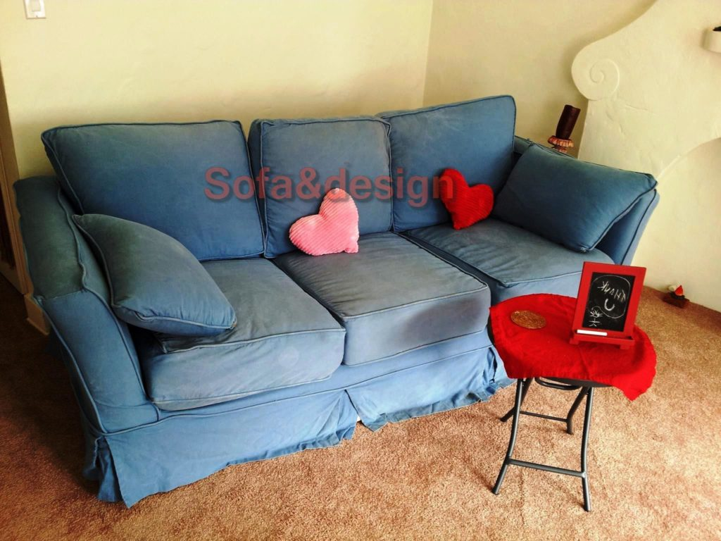 couch 1 1024x768 - Бирюзовый диван на заказ