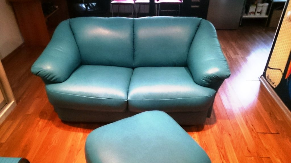 DSC 0355 1 1024x575 - Перетяжка мягкой мебели