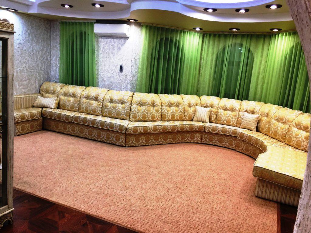 IMG 3619 25 11 16 20 00 1024x768 - Перетяжка мягкой мебели