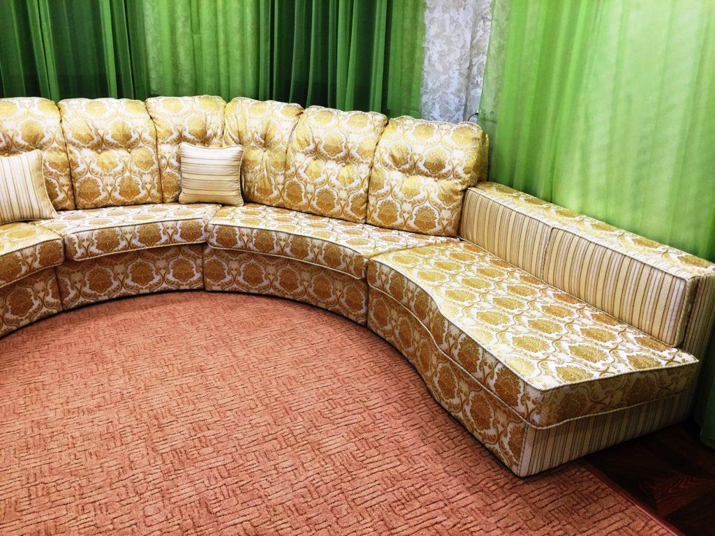 IMG 3622 25 11 16 20 00 1024x768 - Перетяжка мягкой мебели