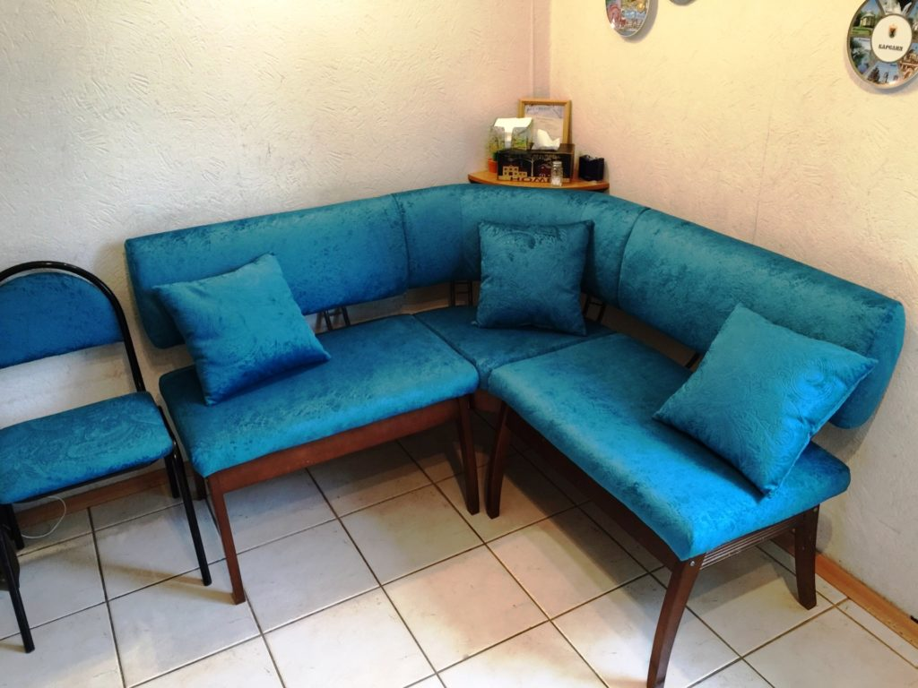 image 09 06 16 10 26 1 1 1024x768 - Бирюзовый диван на заказ