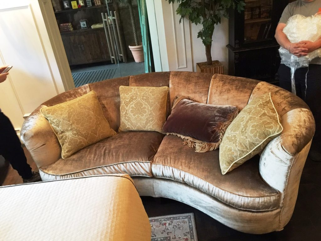 image 09 06 16 10 26 23 1 1024x768 - Радиусный диван под заказ