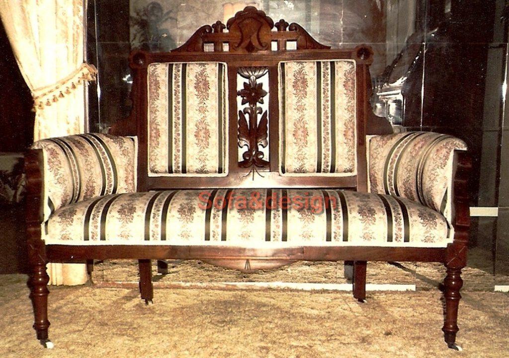 Eastlake 1024x719 - Мягкая мебель в стиле Ренессанс