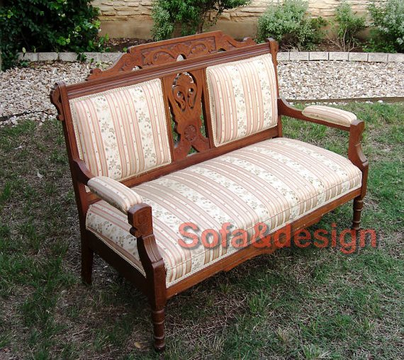 ce78e505107cd475b30243b5fd8ee8da - Мягкая мебель в стиле Ренессанс