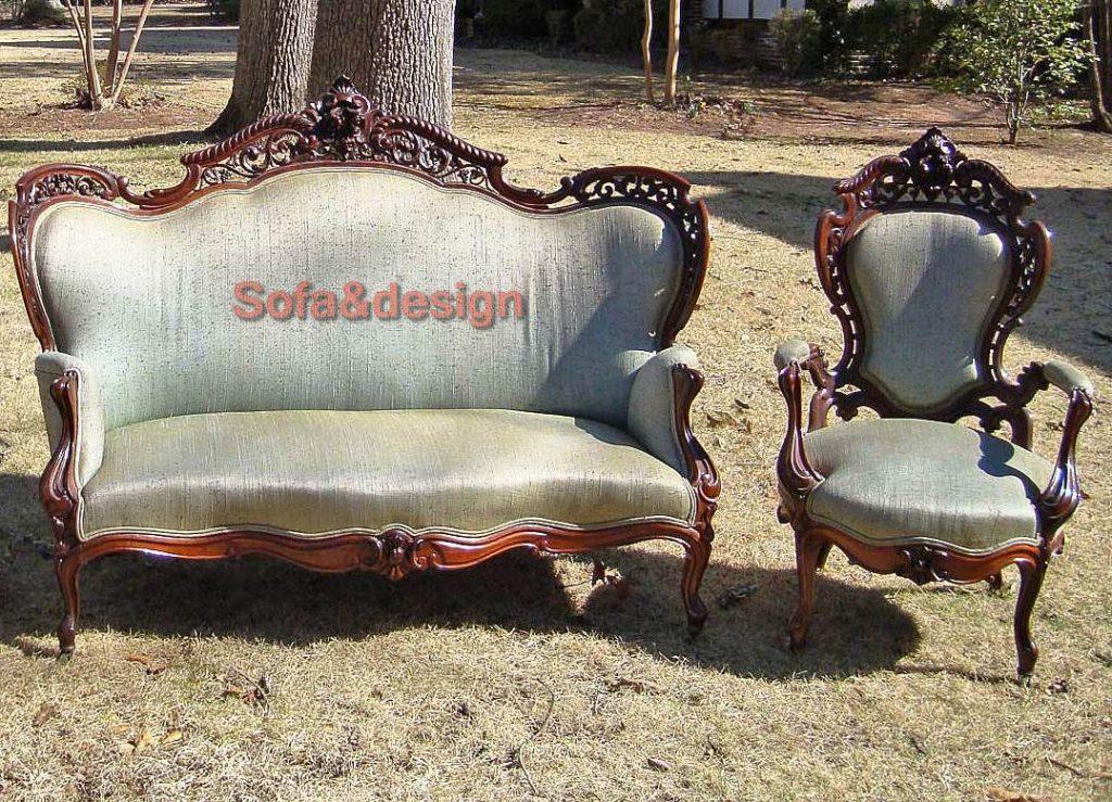 meeks stolen parlor set 1024x739 - Мягкая мебель в стиле Рококо