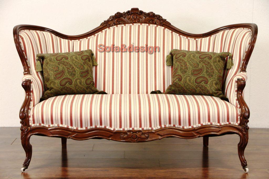 sofa8 17 16st 1024x683 - Мягкая мебель в стиле Ренессанс